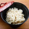 ごはんはこだわりの玄米使用